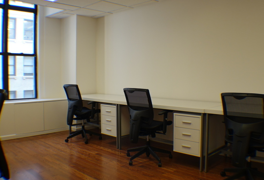 16 East 40th Street, Suite 802 New York City, NY 10016