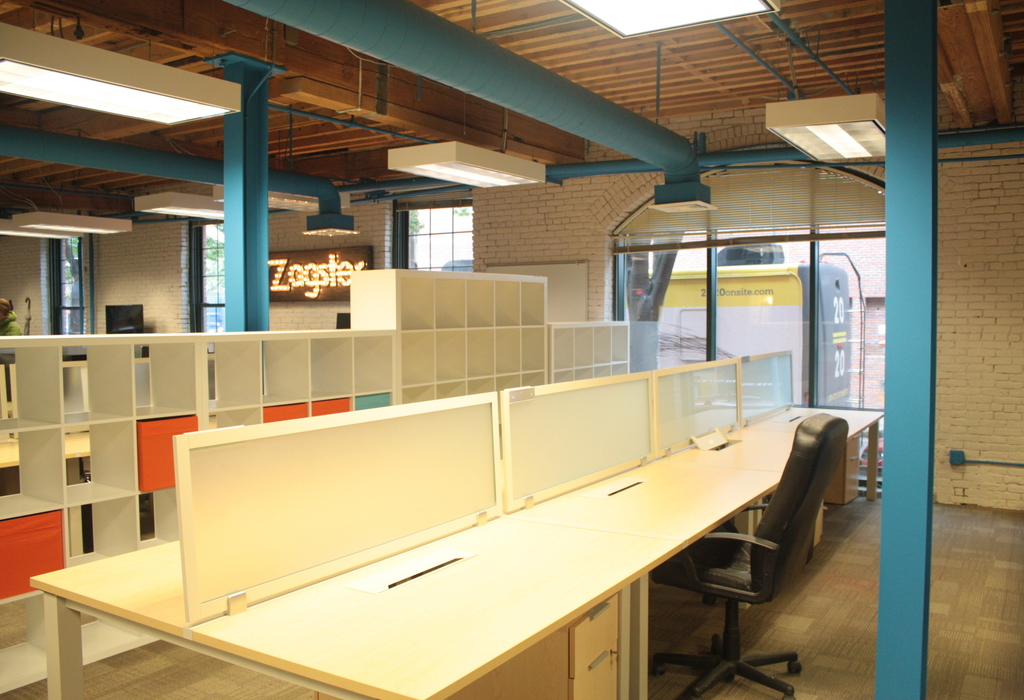 Virtual Office Design pivotdesk | boston virtual office