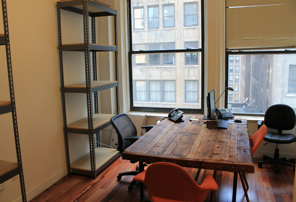 28 W. 36th St., Suite 902 New York City, NY 10018